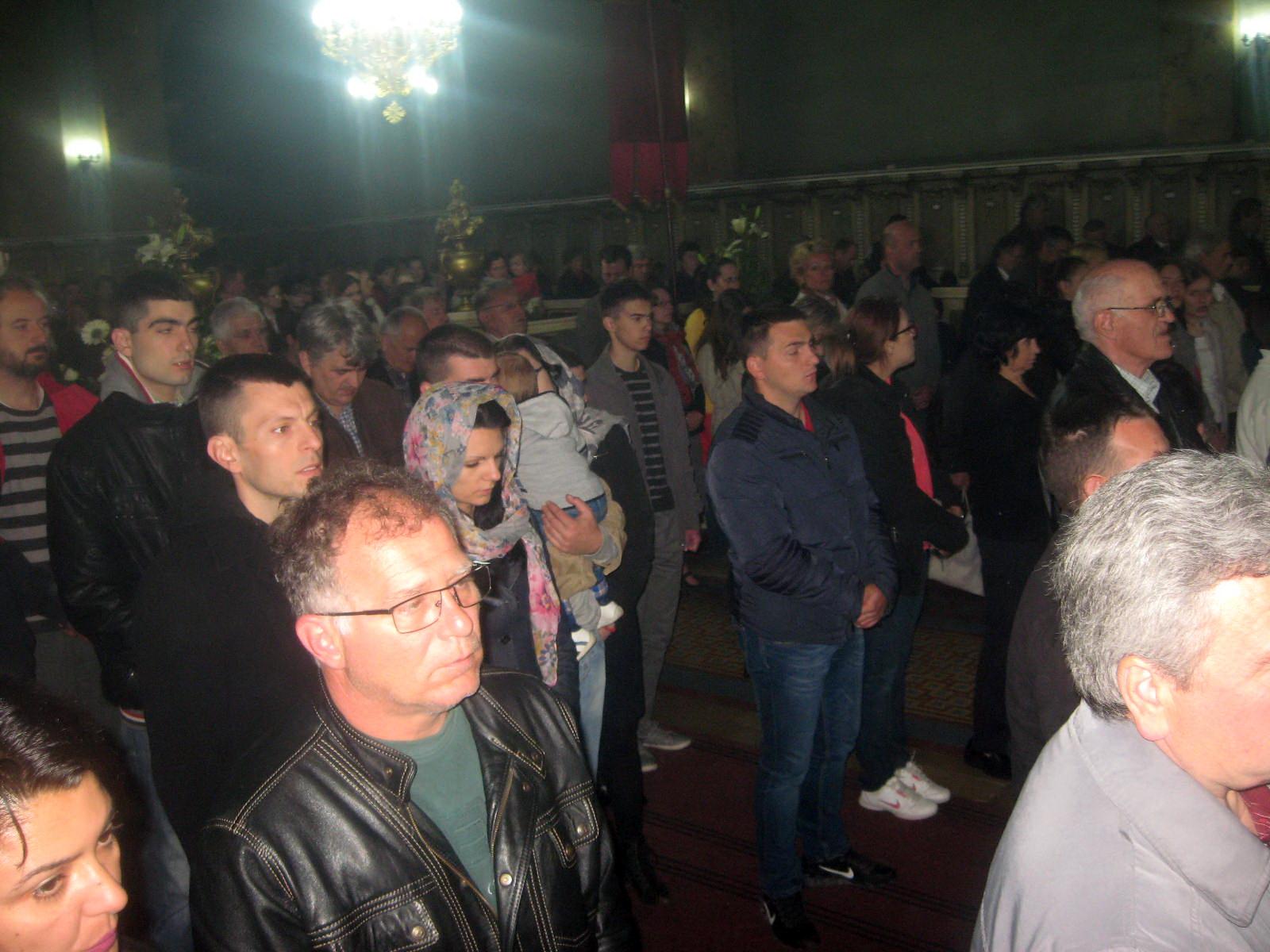 Crkva popunjena pravoslavnim vernicima | Foto: Vlastimir Jankov