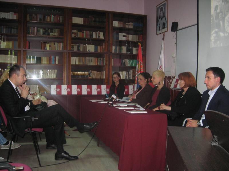 Sa promocije Monografije bečejske Gimnazije | Foto: Vlastimir Jankov