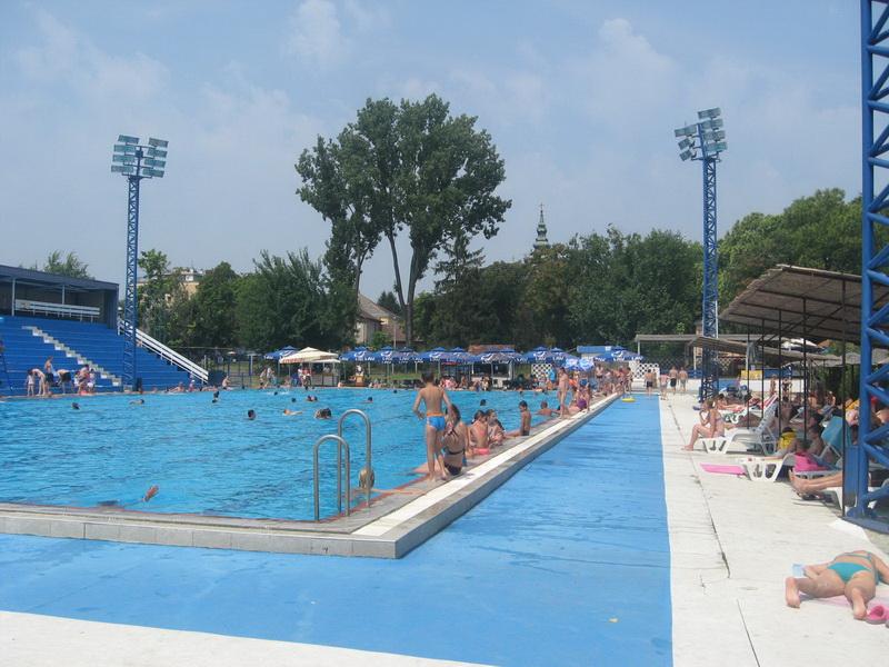 Ovako je bilo lane oko olimpijskog bazena u Bečeju | Foto: Vlastimir Jankov
