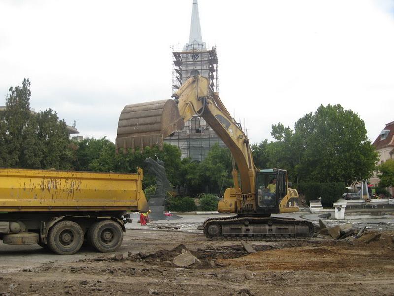 "Građevinske mašine rade punom parom na ""pogači"" | Foto: Vlastimir Jankov"