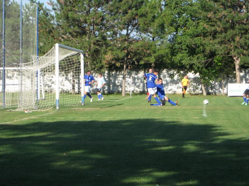Momenat s kup utakmice Bačkogradištanaca i Bečejaca | Foto: Vlastimir Jankov