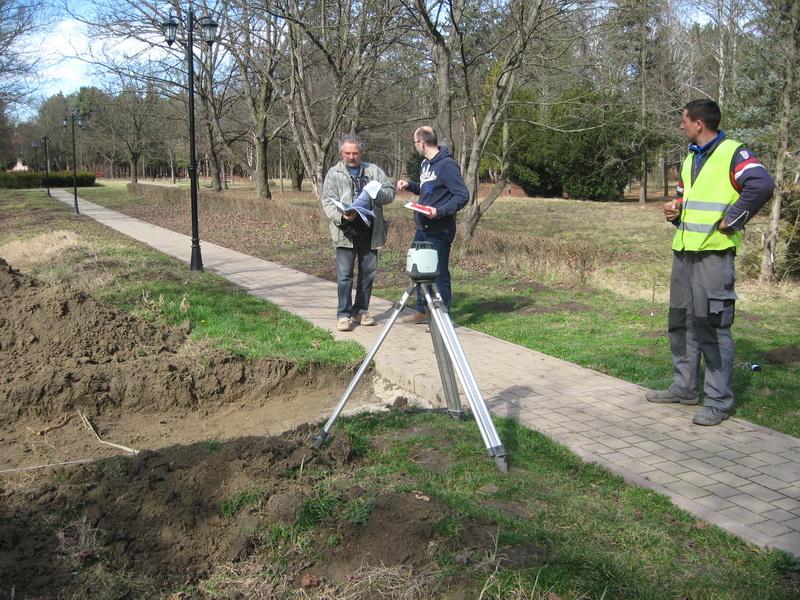 Konsultacije na terenu su uvek dobro došle | Foto: Vlastimir Jankov
