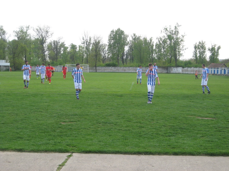 Bečejski fudbaleri će za nedelju dana odigrati tri utakmiceza bodove | Foto: Vlastimir Jankov