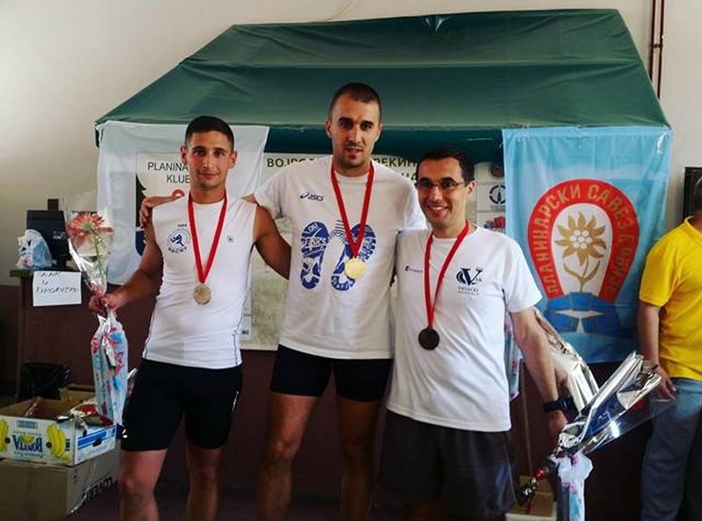 Bojan Jocić je za 2 sata i 14 minuta istrčao srednju stazu od 26 kilometara i osvojio drugo mesto