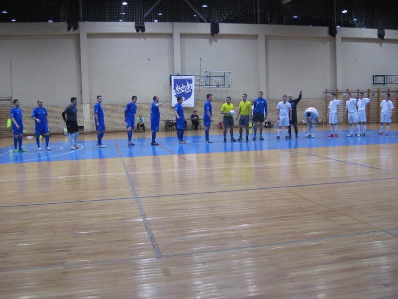Ovako je počela poslednja ovosezonska futsal utakmica Bečejaca pred svojim navijačima... | Foto: Vlastimir Jankov