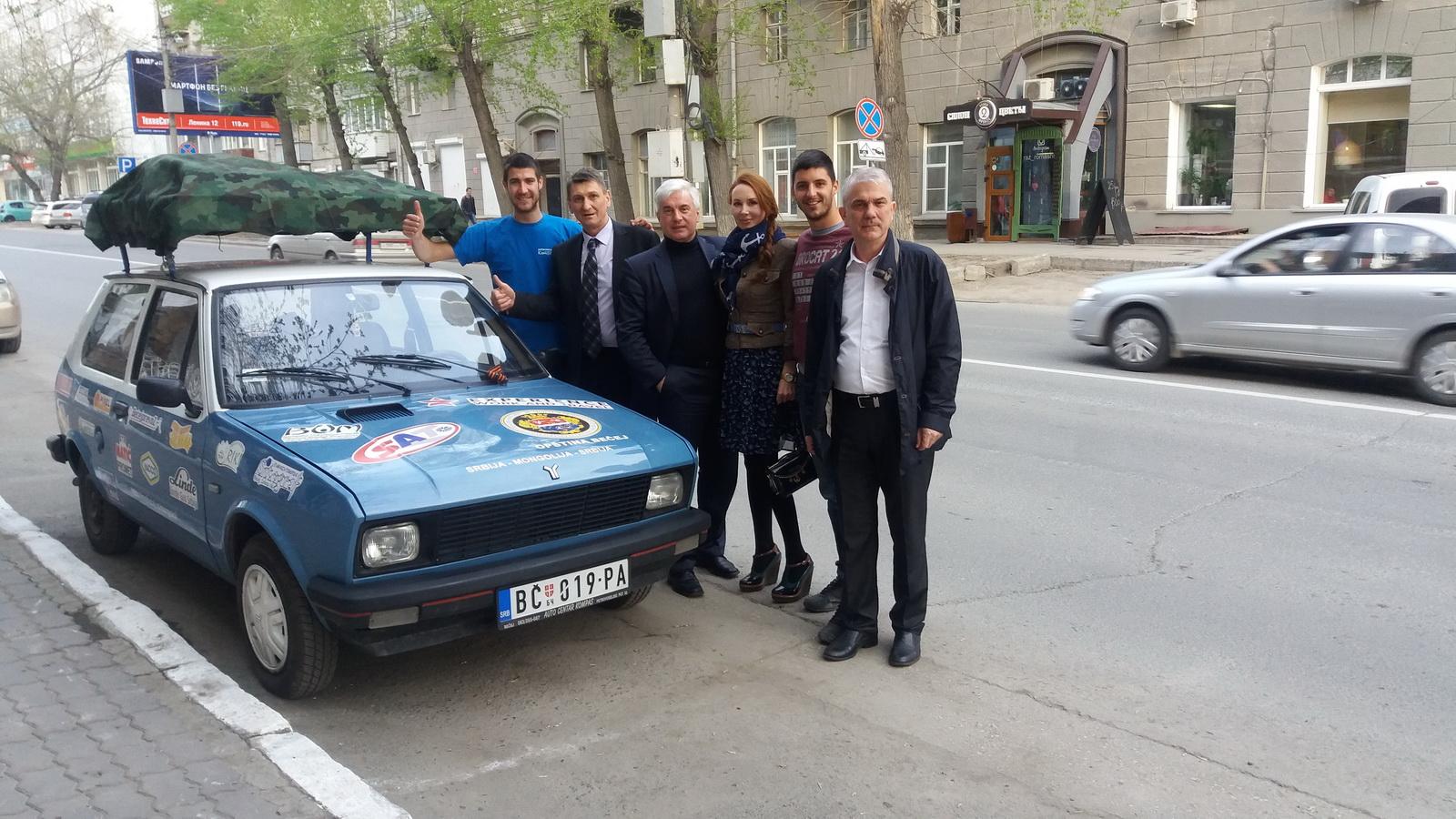 Sa novim prijateljima u Novosibirsku