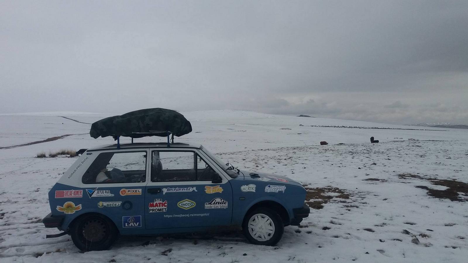 Na putu kroz Mongoliju videli smo nesvakidašnju situaciju i sneg u maju