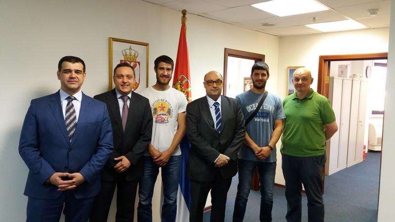 Prijatan sastanak u ambasadi Srbije