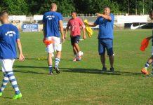 Treneri Jovica Lakić i Dalibor Novčić daju savete igračima pre utakmice | Foto: Vlastimir Jankov