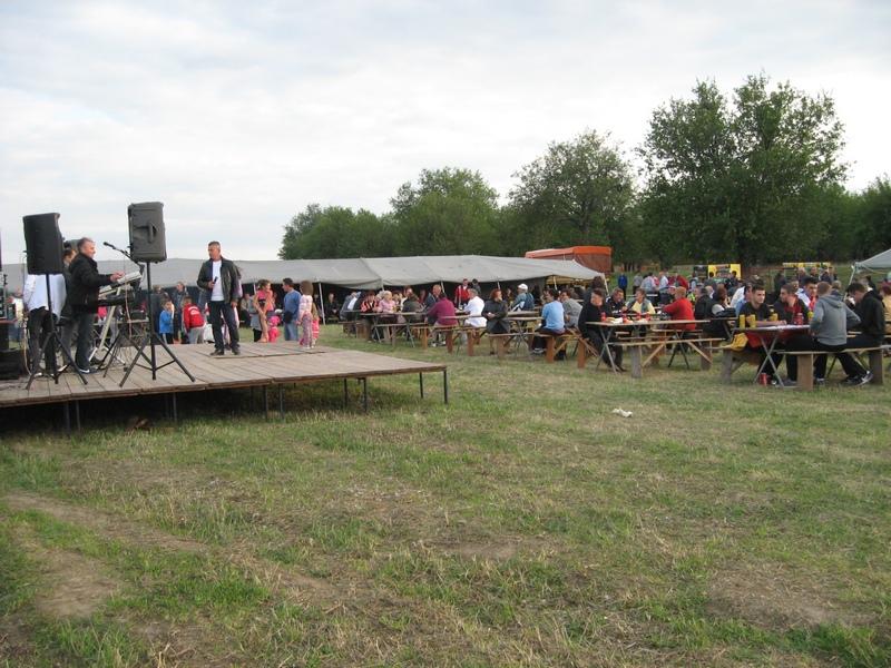 Prostor kraj Dudare punio se već u popodnevnim satima   Foto: Vlastimir Jankov