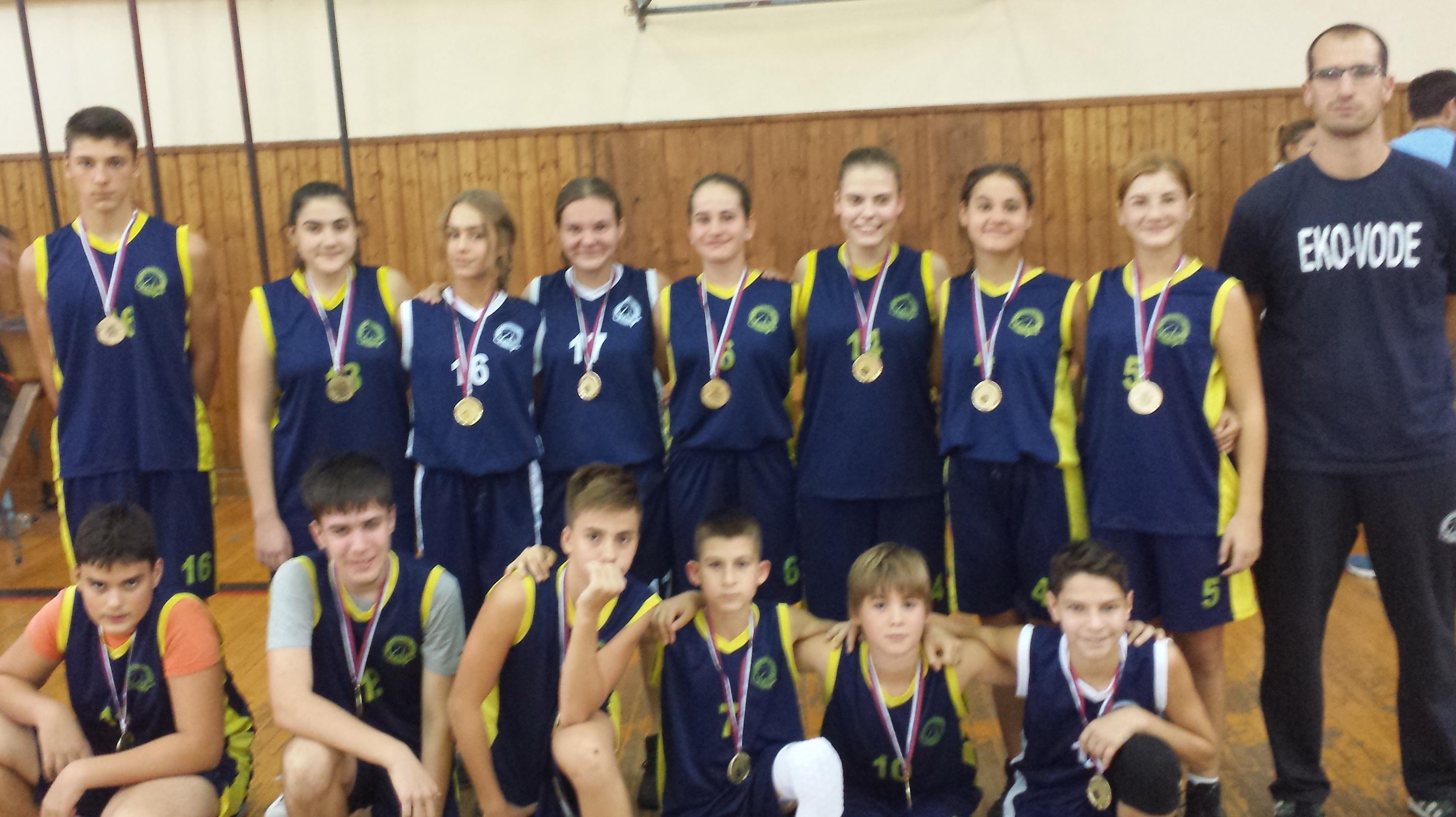 Pobednička selekcija sa turnira povodom Dana oslobođenja Bečeja | Foto: Vlastimir Jankov