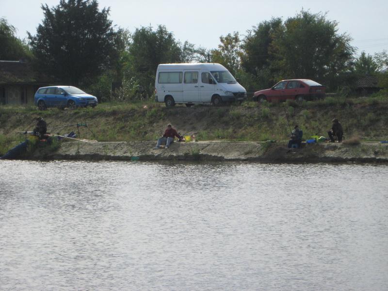 Sportski ribolovci su pecali na Kanalu | Foto: Vlastimir Jankov