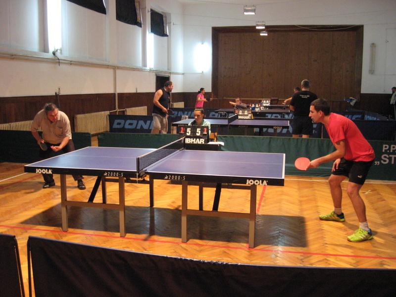 Neizvesno je bilo takmičenje u stonom tenisu | Foto: Vlastimir Jankov