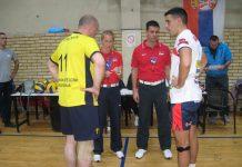 Sudije s kapitenima pred početak utakmice | Foto: Vlastimir Jankov