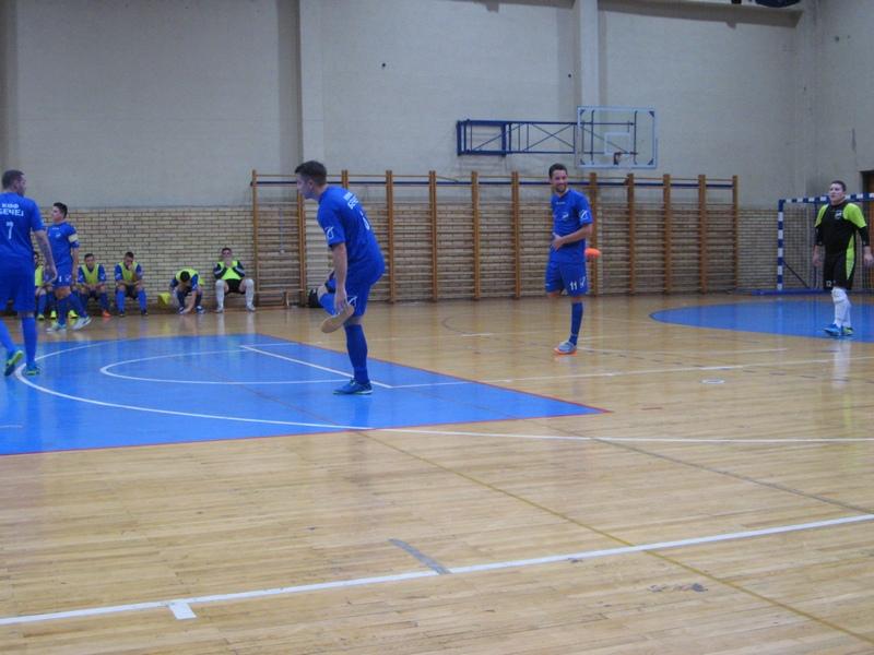 Futsaleri Bečeja u rezultatskom zamahu   Foto: Vlastimir Jankov