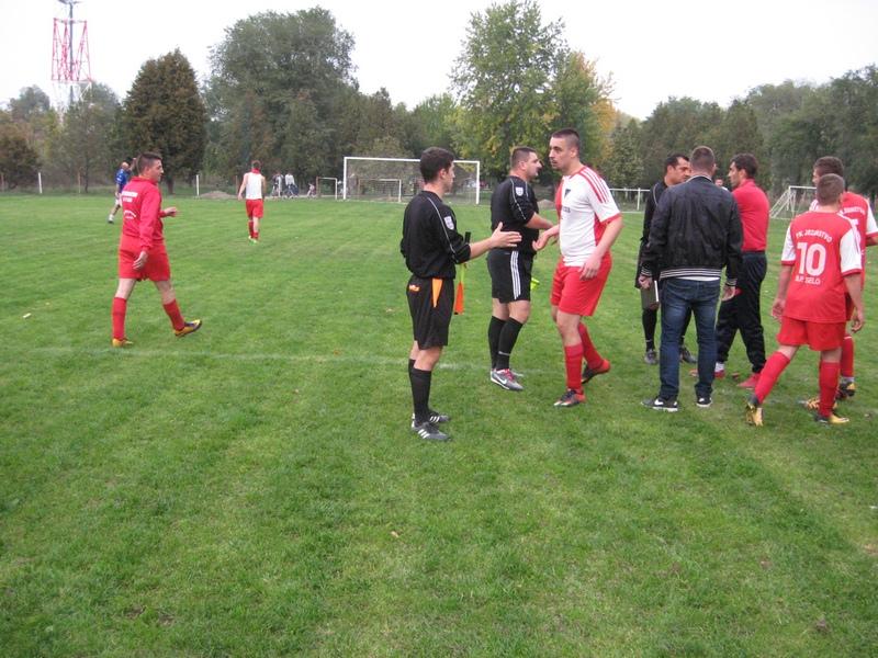Petrovoselci znaju da igraju protiv vodećih ekipa   Foto: Vlastimir Jankov