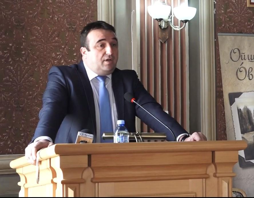 Predsednik opštine Bečej Dragan Tošić: Arhiva
