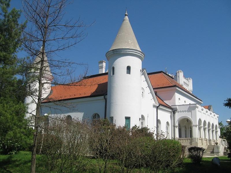Dvorac Bogdana Dunđerskog uvek privlačan