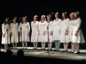 "Pevačka grupa KUD ""Đido"" je oplemenila šarenoliki program | Foto: Vlastimir Jankov"