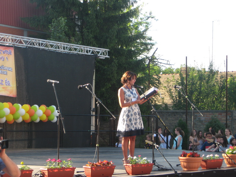 Suzana Đukić na lanjskoj svečanosti povodom završetka školske godine | Foto: Vlastimir Jankov