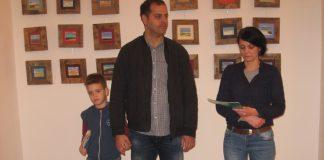 Gabriela Sel sa autorom i njegovim naslednikom na otvaranju izložbe | Foto: Vlastimir Jankov