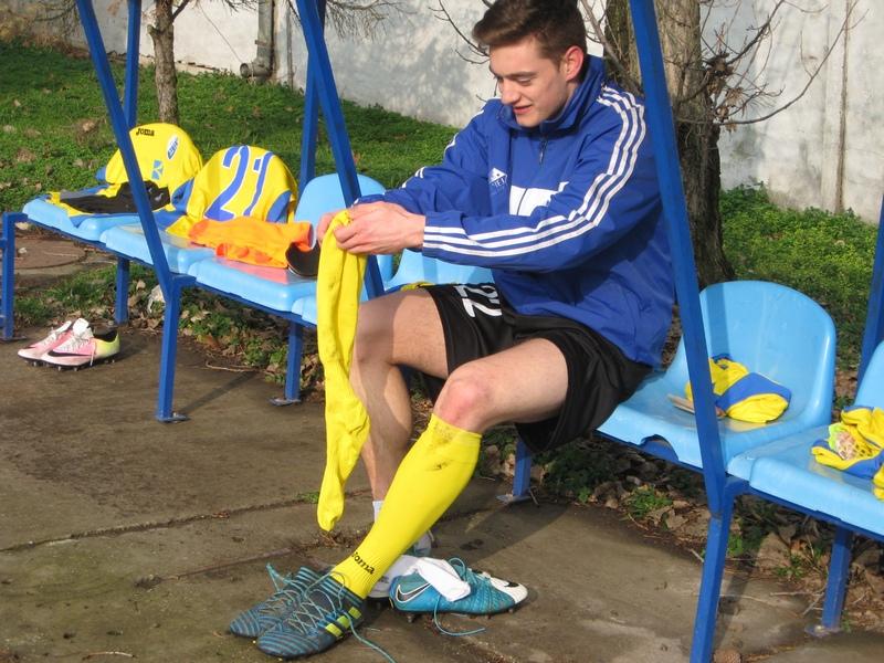 Mladen Kovačević dobro zategne čarapu, zašnira kopačku i postiže golove | Foto: Vlastimir Jankov