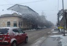 Sneg se topi na bečejskim ulicama