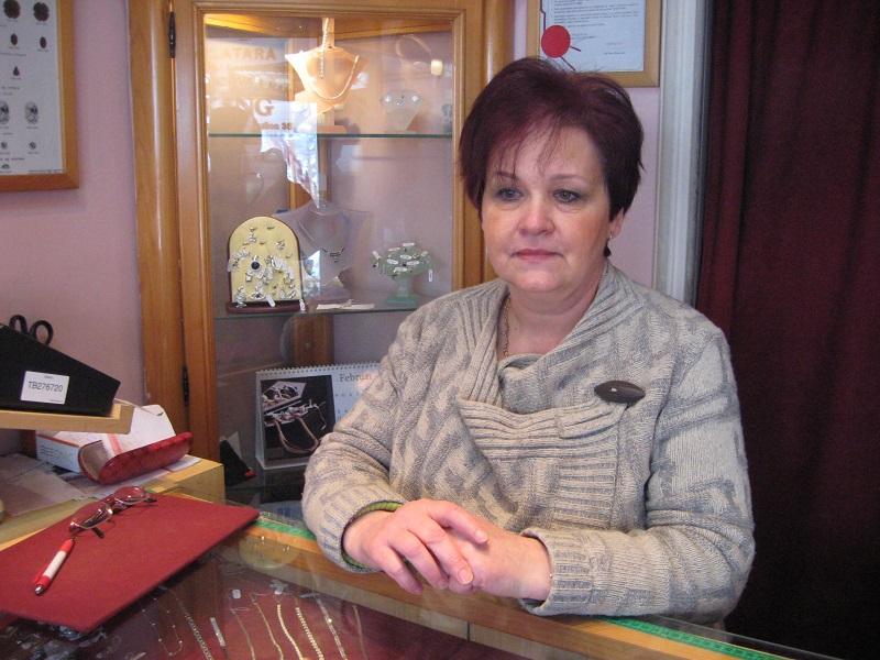 Eržebet Lastovič radi u dve smene, ali se nikad ne žali | Foto: Vlastimir Jankov