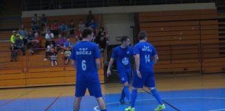 Korać je prvo tri puta uzdrmao stativu, a onda dao dva gola | Foto: Vlastimir Jankov