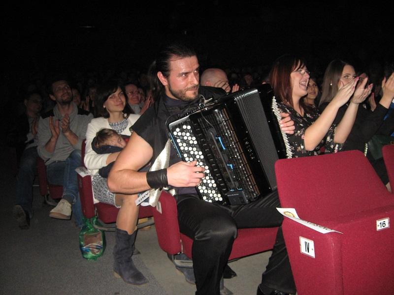 U jednom trenutku je maestro bio u publici   Foto: Vlastimir Jankov
