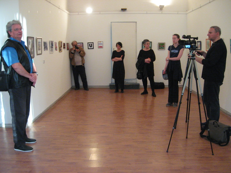 "Sa otvaranja izložbe ""Format mali"" u Bečeju   Foto: Vlastimir Jankov"