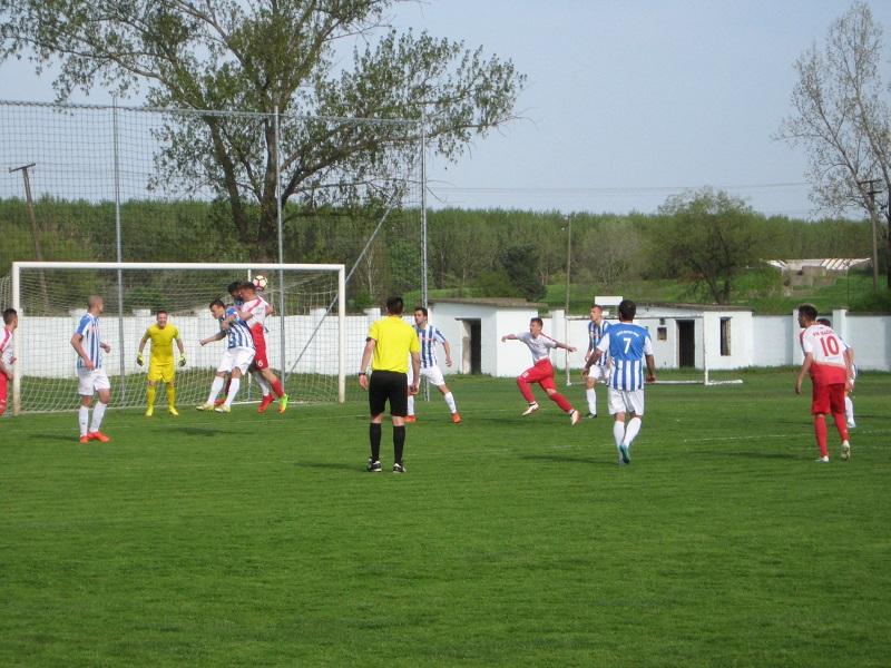 Sa utakmice u Bečeju, gde su Subotičani priredili iznenađenje | Foto: Vlastimir Jankov