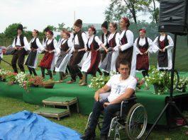 Razigrano i raspevano bilo je u Bačkom Petrovom Selu   Foto: Vlastimir Jankov