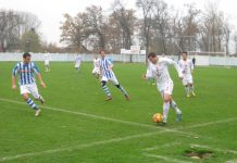 Sa utakmice Bečejaca i Bačkojaračana minule jeseni kraj Tise | Foto: Vlastimir Jankov
