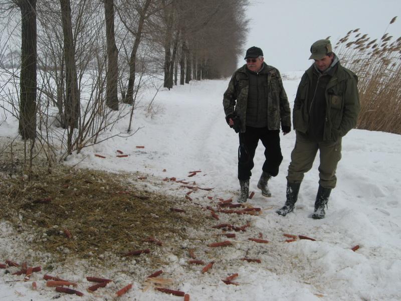 Tamaš Lastovič u obilasku hranilišta divljači tokom zime | Foto: Vlastimir Jankov
