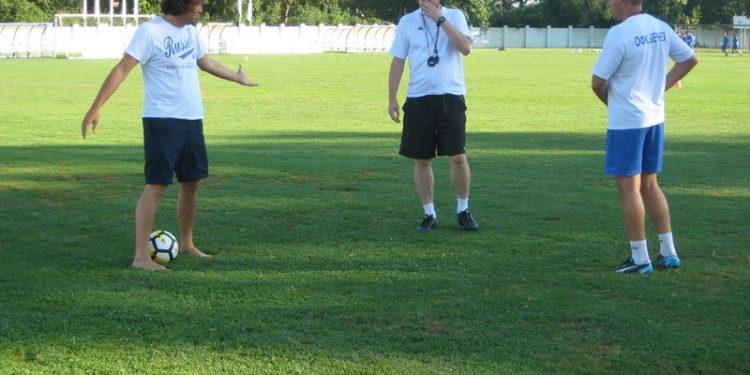 Sportski direktor Dejan Stanojev, šef stručnog štaba Branko Savić i trener Dalibor Novčić | Foto: Vlastimir Jankov