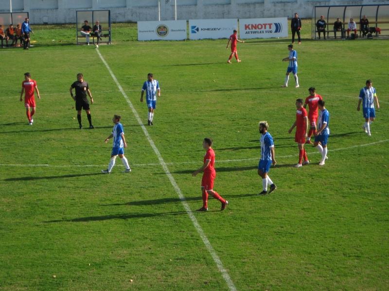 Bečejci su postigli 13. pogodak, ali su ostali na 13 bodova   Foto: Vlastimir Jankov
