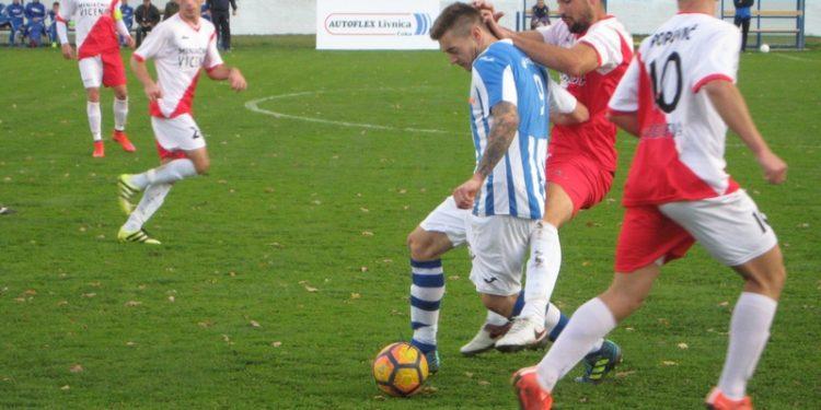 Mladen Kovačević je postigao sva tri gola protiv Užičana | Foto: Vlastimir Jankov