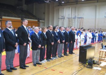Pre početka turnira sudije i takmičari | Foto: Vlastimir Jankov