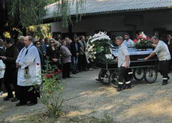 Sa sahrane Janoša Taloa Maćike u Bečeju | Foto: Vlastimir Jankov