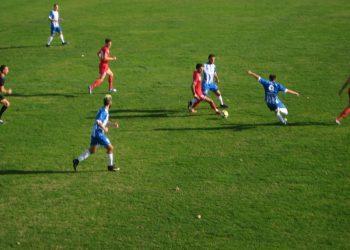 Sa utakmice kraj Tise između Bečejaca i Kragujevčana | Foto: Vlastimir Jankov