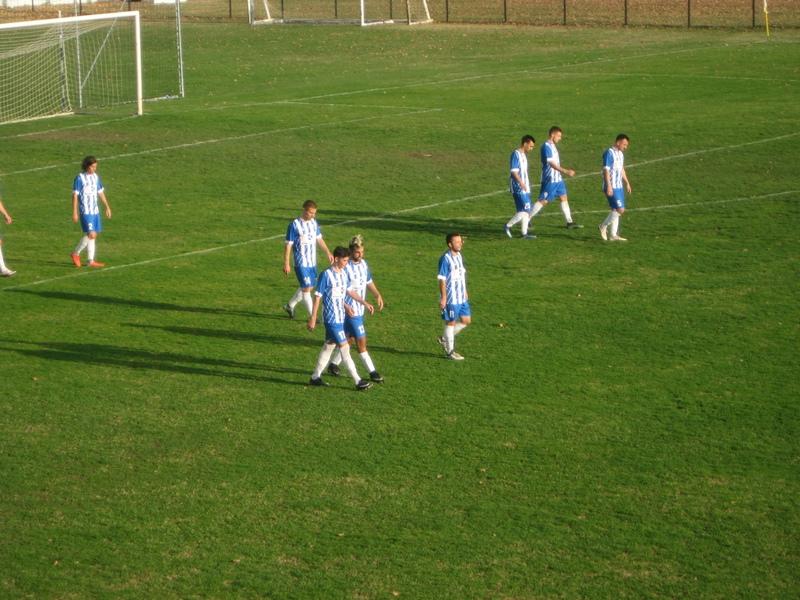 Na poluvremenu je postojala nada da će tri boda ostati kraj Tise   Foto: Vlastimir Jankov