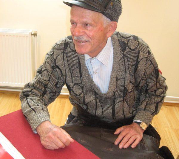 Naftaš i pisac knjige Vidosav Janković