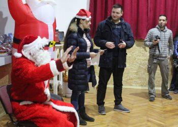 Deda Mraz je i ove godine posetio picoderce | Foto: Vlastimir Jankov