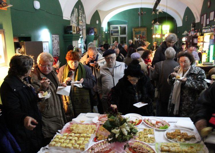 Posle dvočasovnog programa, okrepljenje je stiglo u vidu koktela | Foto: Vlastimir Jankov