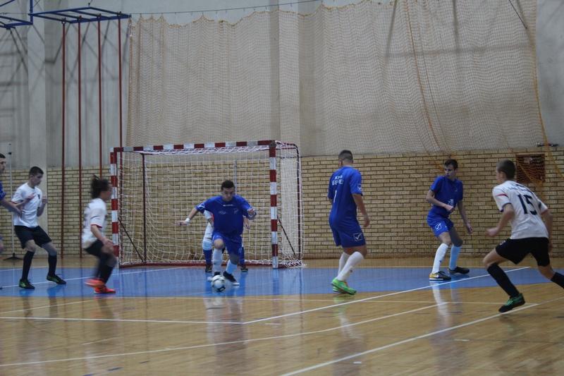 Komšijski derbi obilovao je borbenom igrom oba rivala | Foto: Vlastimir Jankov