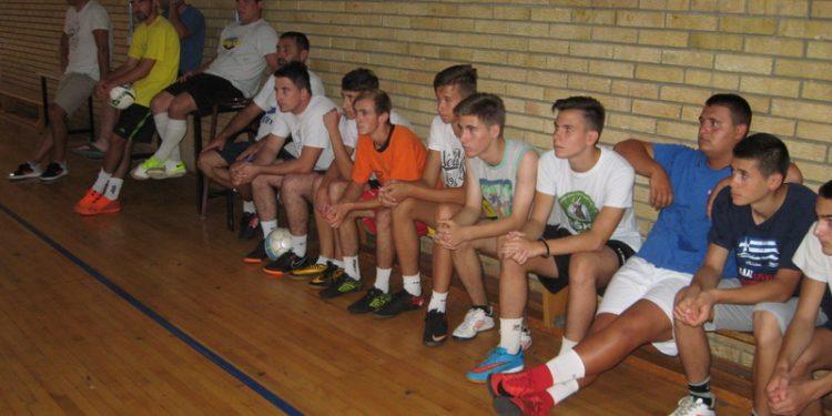 Neki od ovih mladića će za koju godinu biti okosnica kluba | Foto: Vlastimir Jankov