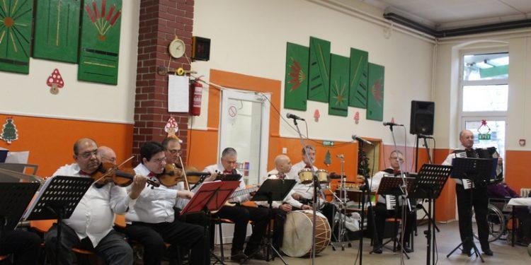 Deo Gradskog orkestra zadužen za svirku... | Foto: Vlastimir Jankov