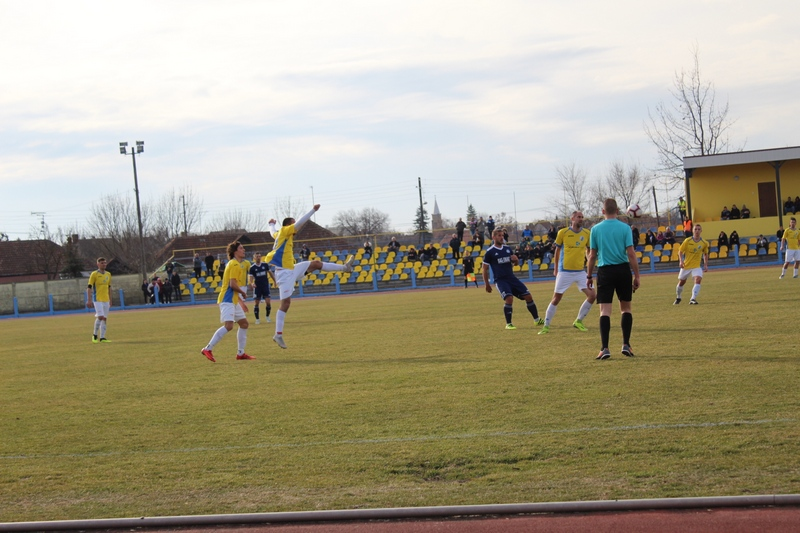 Komšije se borile za svaku loptu | Foto: Vlastimir Jankov