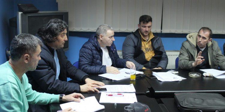 Novi–stari predsednik FSO Bečej-Srbobran Dejan Stanojev sa saradnicima | Foto: Vlastimir Jankov